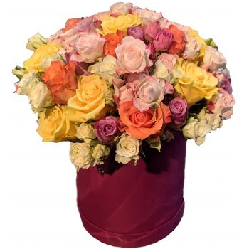 Moscow flowers  -  Powerful love Flower Bouquet/Arrangement