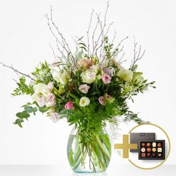 Almere Stad flowers  -  Soft winter bouquet Flower Delivery