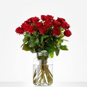 Britsum flowers  -  Bouquet of pure Love Flower Delivery