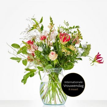 Goes flowers  -  Power woman Flower Delivery