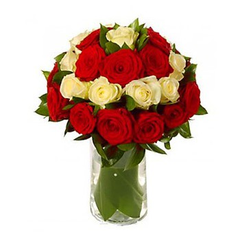 Liverpool flowers  -  Affair of the Heart Flower Bouquet/Arrangement