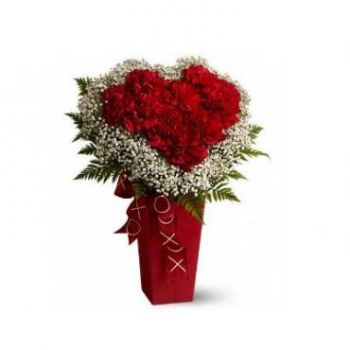 Coral Estate flowers  -  Hearts and Diamonds Flower Bouquet/Arrangement