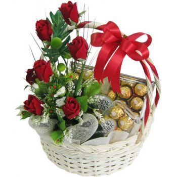 Kalamariá flowers  -  Basket with chocolate Flower Delivery