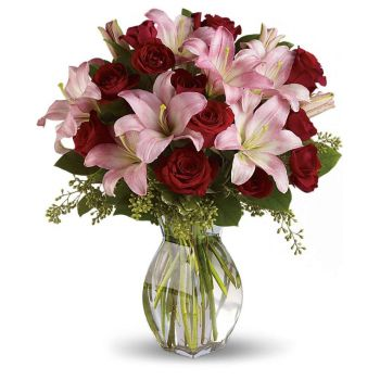 Omsk flowers  -  Red and Pink Symphony Flower Bouquet/Arrangement