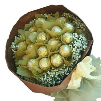 Bangalore flowers  -  Chocolate Desire Flower Bouquet/Arrangement