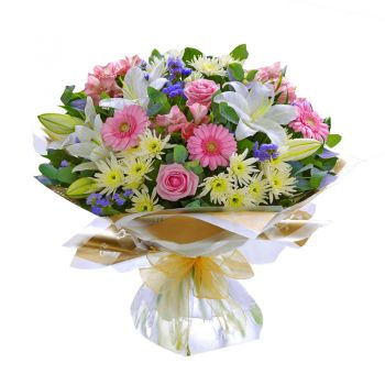 Czech Republic online Florist - Pleasure Garden Bouquet