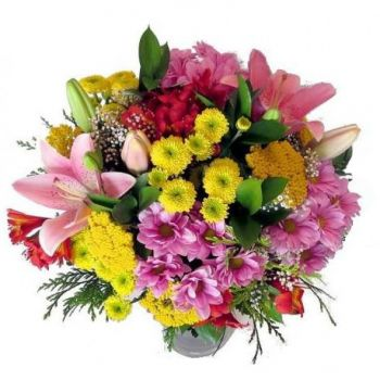 Macedonia flowers  -  Garden Blushes Flower Bouquet/Arrangement