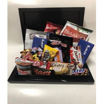 Casablanca Kwiaciarnia online - Chocolate Celebration BOX Bukiet