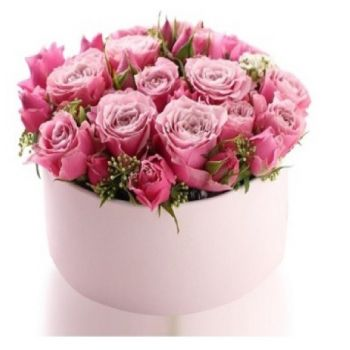 Jakarta online Florist - See the world in pink Bouquet