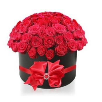 Jakarta flowers  -  Roses are the girls best friends Flower Delivery