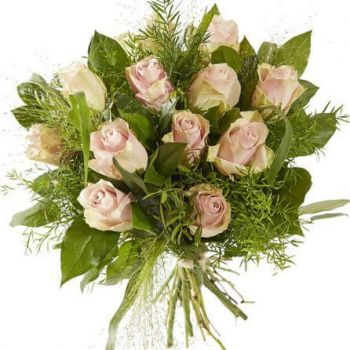 Rotterdam flowers  -  Sweet pink rose Flower Bouquet/Arrangement