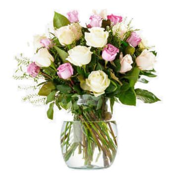 Aalsmeer flowers  -  Bouquet of Colourful Roses Flower Delivery