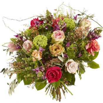 Rhoon flowers  -  Love is in the air Flower Delivery
