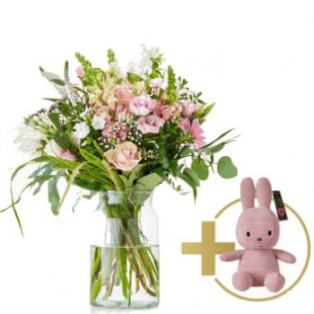 Made flowers  -  Welcome girl bouquet Flower Delivery